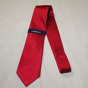 Croft & Barrow red necktie
